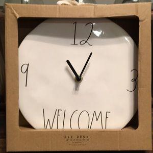 RAE DUNN Clock, New in box!🖤